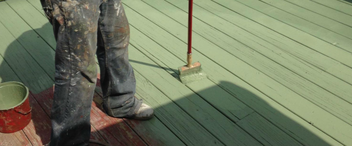 Service Solutions Deck Staining 6324